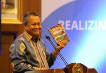 """Peluncuran Buku """"Realizing Indonesia's Economic Potential"""" yang diselenggarakan Bank Indonesia bekerjasama dengan Dana Moneter Internasional (IMF)"""
