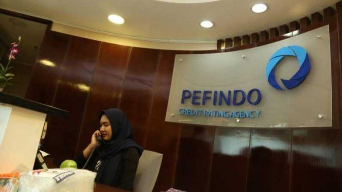 Pefindo telah menyematkan prospek CreditWatch dengan Implikasi Negatif terhadap peringkat ISAT, sehubungan dengan rencana penggabungan usaha dengan Tri yang diharapkan selesai pada Desember 2021