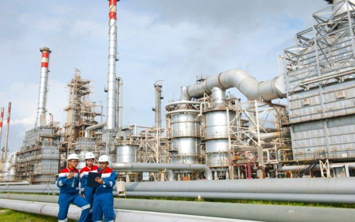 Rata-rata ICP minyak mentah Indonesia berdasarkan perhitungan Formula ICP (Indonesian Crude Price), naik sebesar US$ 4,74 per barel dari US$ 65,49 pada Mei 2021, menjadi US$ 70,23 per barel pada Juni 2021