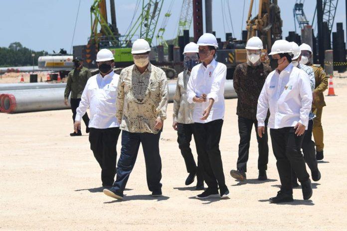 Indonesia masuk dalam kategori tujuh negara yang memiliki cadangan tembaga terbesar di dunia.